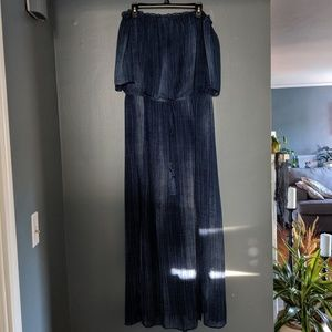 Off the shoulder maxi dress